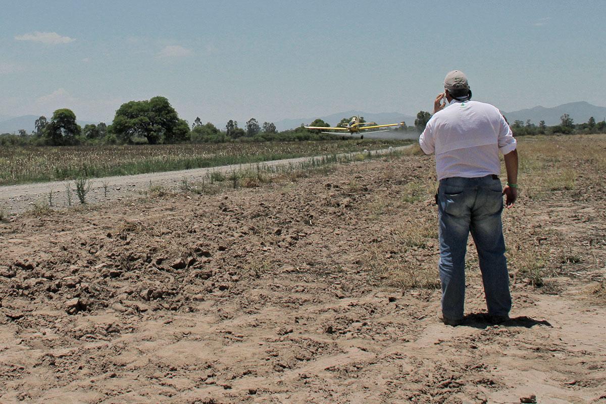 congreso nacional de fitosanitarios demostracion aplicacion aerea de agroquimicos glifosato